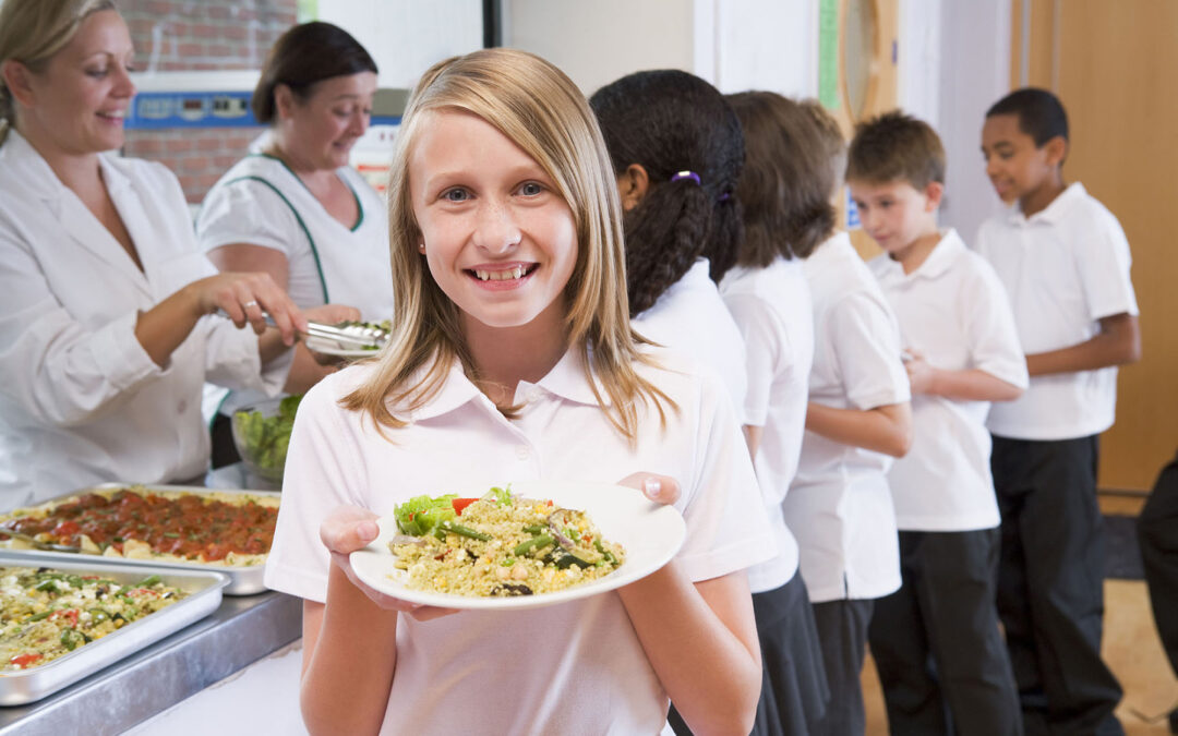 How digital meal planning can save schools time and money